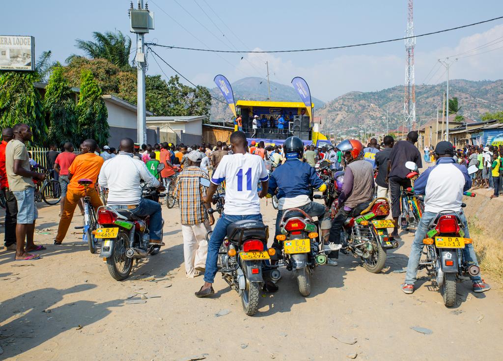 Pesaflash retient l'attention de nombreux motards et autres. Intéressant !